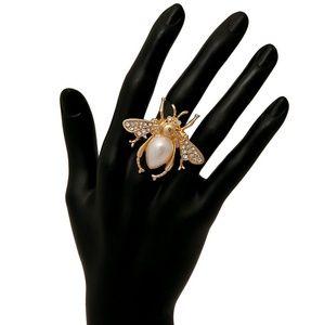 Jewelry - Rhinestone and Pearl Bee Ring